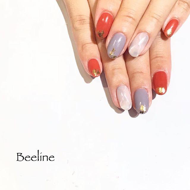 お客様ネイルBeelineのオリジナルカラー2色を使ってくださいましたシンプルネイルだけど、ゴールドがポイント️️